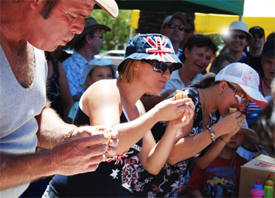 2010 Kingaroy Pie Eating competition